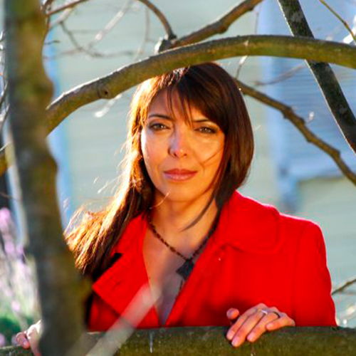 Adriana Luján