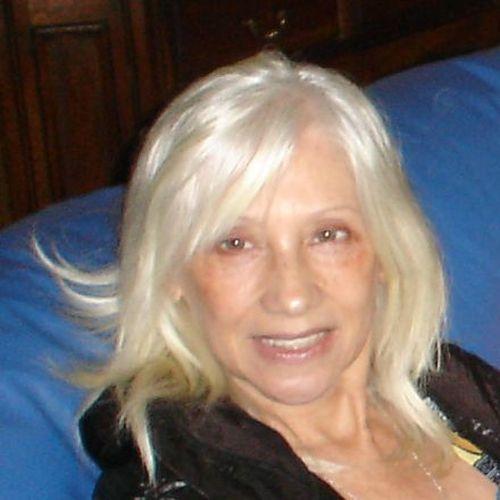 Julia Carmen Álvarez Troncoso de Garzón Funes